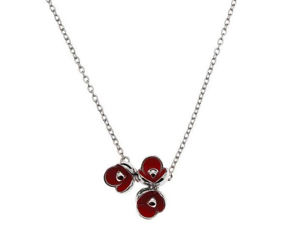 collier argent fleur rouge cacharel